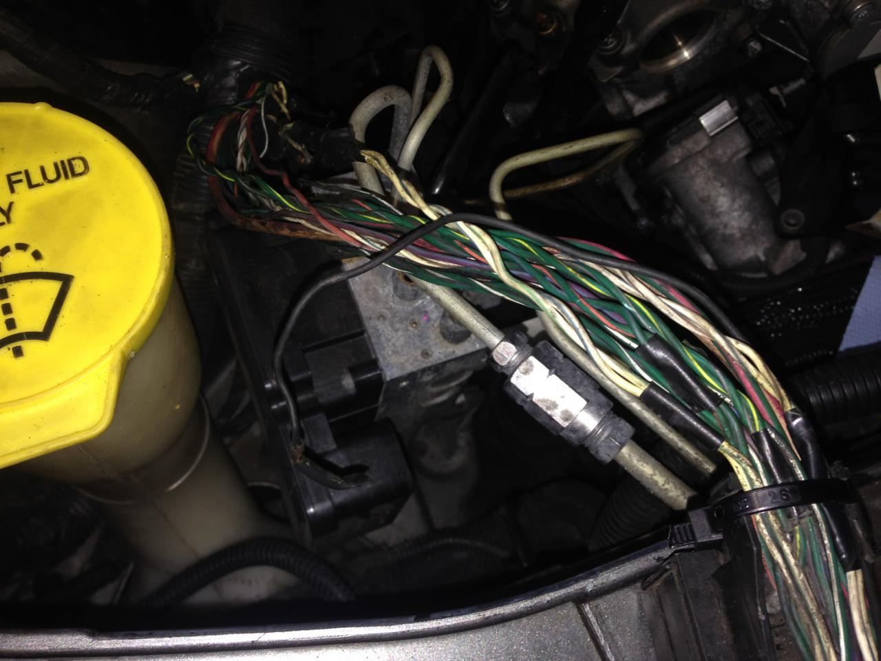 Svítící kontrolky ABS, ESP BAS 3 0 CRD - 300C - Fórum - Chrysler klub